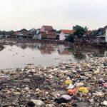 Sungai di Indonesia Kian Memburuk